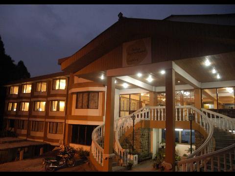 Sterling Darjeeling Hotel At Darjeeling Travelmarg Com